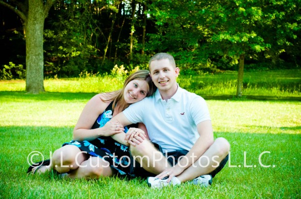 Family  couple enagement photography photos greenfield indiana fortville indiana indianapolis indiana lifestyle affordable portrait portraits J.L.CustomPhotos Jessica Legler J L Custom Photos
