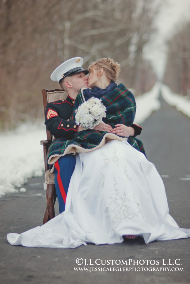 18 az winter wedding