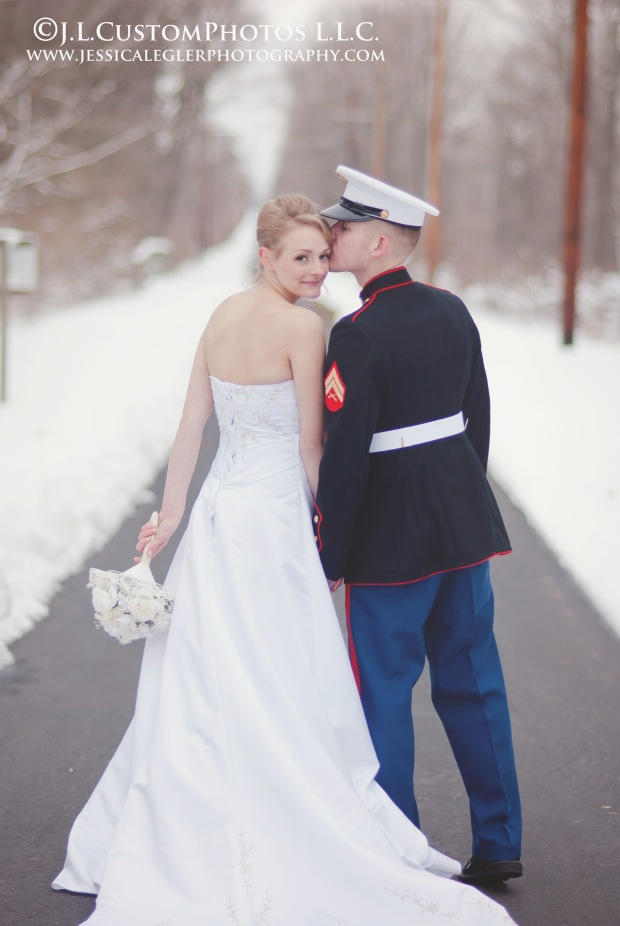21 winter wedding az