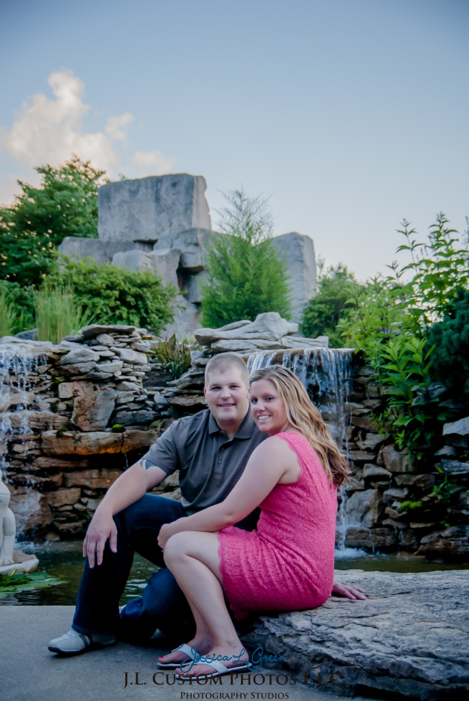 Bloomington Greenfield IN Indiana University  Engagement Wedding Photographer Oliver Winery Summer Bride Groom -18