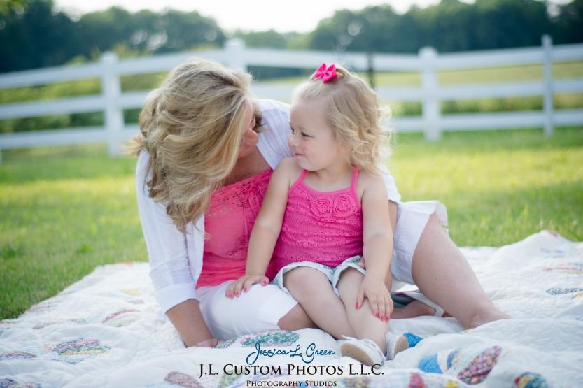 J.L.CustomPhotos Jessica Green Photography Greenfield Indiana 46140  Family Photographer Farm Summer-2