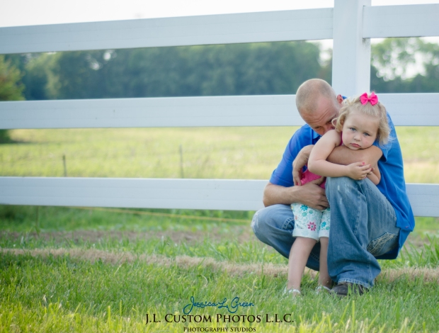 J.L.CustomPhotos Jessica Green Photography Greenfield Indiana 46140  Family Photographer Farm Summer-3