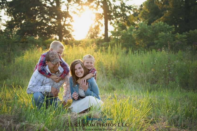 Greenfield IN Family Photographer J.L.CustomPhotos Farm Knightstown Rustic Cowboy Jessica Green Photography-19