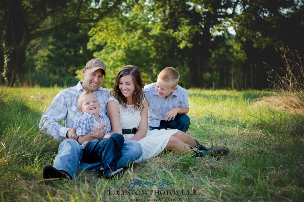 Greenfield IN Family Photographer J.L.CustomPhotos Farm Knightstown Rustic Cowboy Jessica Green Photography-3
