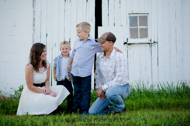 Greenfield IN Family Photographer J.L.CustomPhotos Farm Knightstown Rustic Cowboy Jessica Green Photography-5