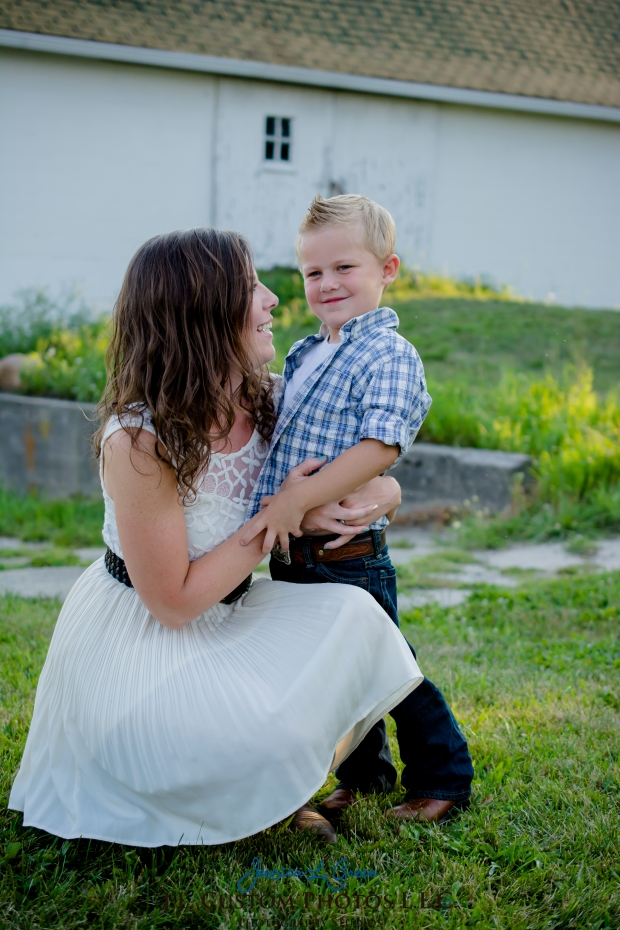 Greenfield IN Family Photographer J.L.CustomPhotos Farm Knightstown Rustic Cowboy Jessica Green Photography-8