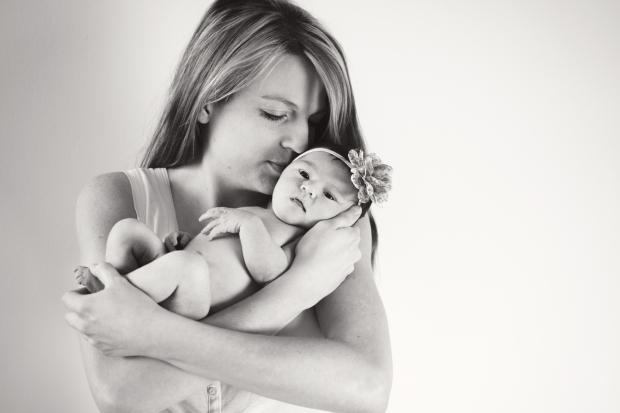Greenfield, IN newborn photographer J.L.CustomPhotos Jessica Green Photography custom  baby photos --2