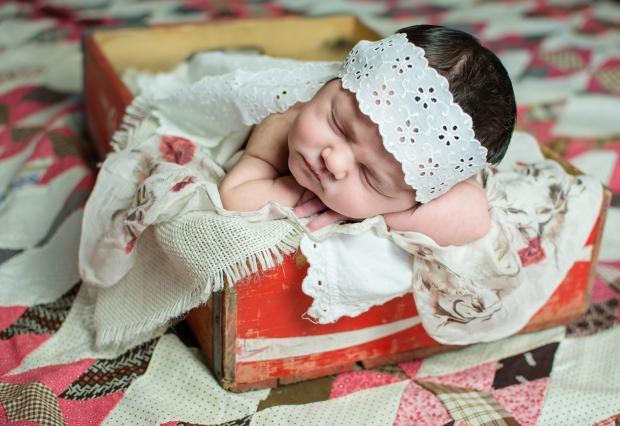 Greenfield, IN newborn photographer J.L.CustomPhotos Jessica Green Photography custom  baby photos -3792