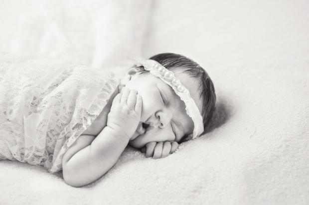 Greenfield, IN newborn photographer J.L.CustomPhotos Jessica Green Photography custom  baby photos -