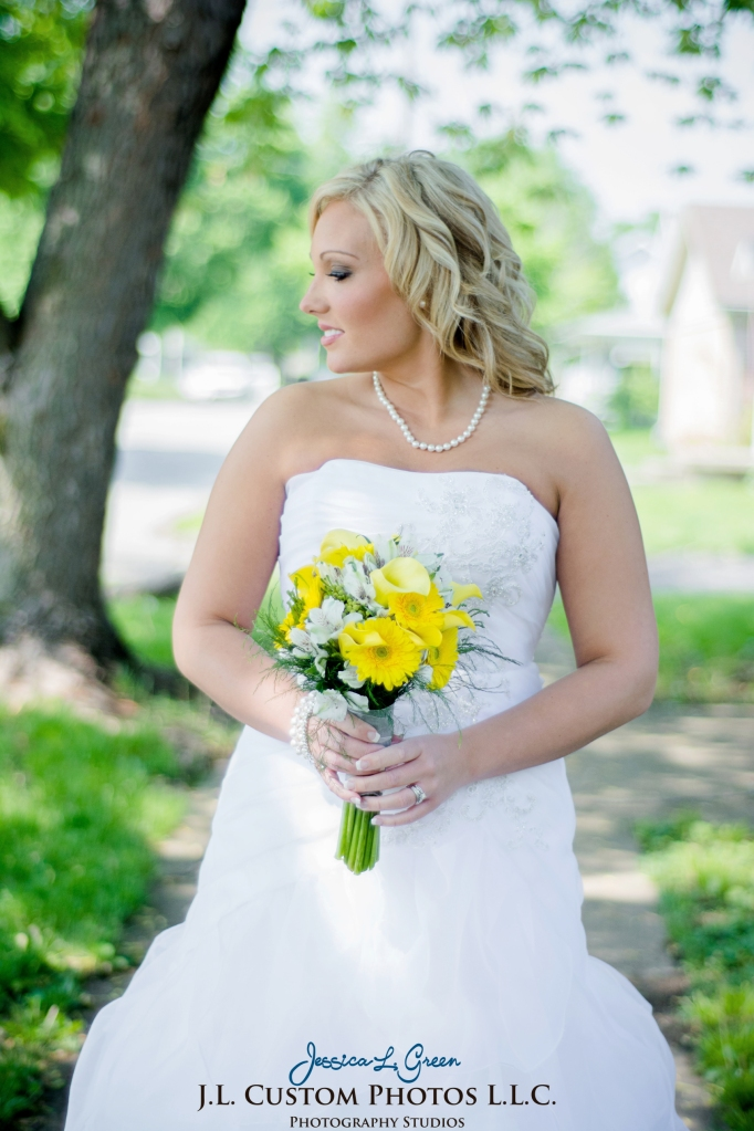 Greenfield IN wedding Photographer J.L.CustomPhotos Jessica Green Boondocks Farms  Knightstown Bride Groom Photography -20