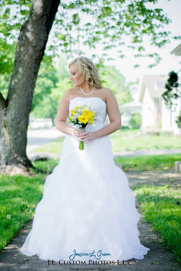 Greenfield IN wedding Photographer J.L.CustomPhotos Jessica Green Boondocks Farms  Knightstown Bride Groom Photography -21