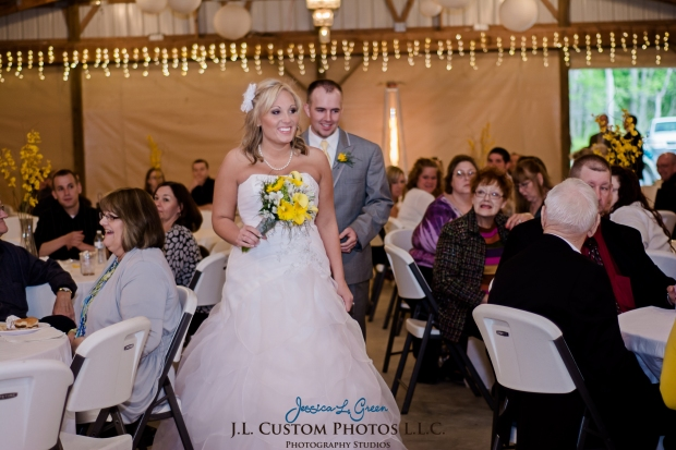 Greenfield IN wedding Photographer J.L.CustomPhotos Jessica Green Boondocks Farms  Knightstown Bride Groom Photography -43