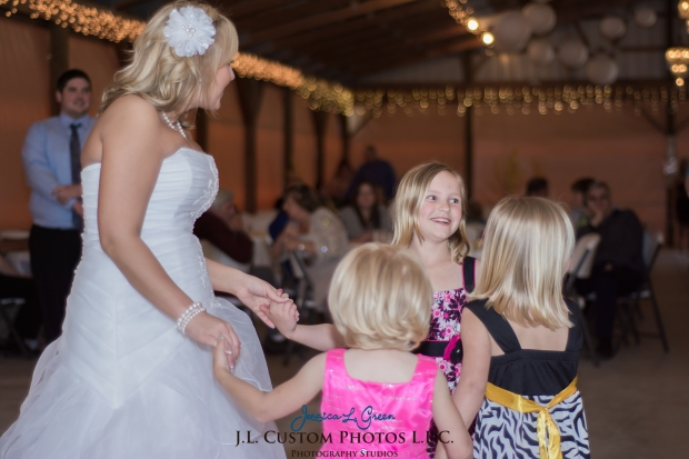 Greenfield IN wedding Photographer J.L.CustomPhotos Jessica Green Boondocks Farms  Knightstown Bride Groom Photography -50