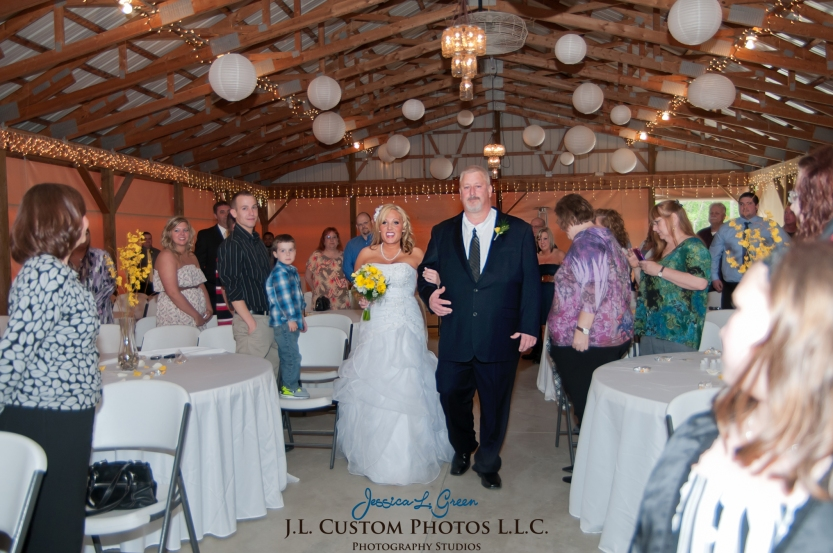 Greenfield IN wedding Photographer J.L.CustomPhotos Jessica Green Boondocks Farms  Knightstown Bride Groom Photography -67