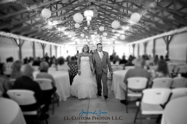 Greenfield IN wedding Photographer J.L.CustomPhotos Jessica Green Boondocks Farms  Knightstown Bride Groom Photography -70