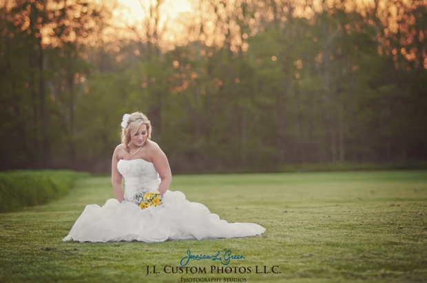 Greenfield IN wedding Photographer J.L.CustomPhotos Jessica Green Boondocks Farms  Knightstown Bride Groom Photography -75