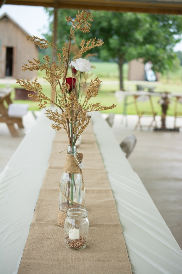 Greenfield, IN Wedding Photographer J.L.CustomPhotos Jessica Green Photography Rustic School House DIY Bride Groom Lace Burlap Vintage-18