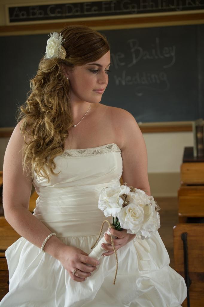 Greenfield, IN Wedding Photographer J.L.CustomPhotos Jessica Green Photography Rustic School House DIY Bride Groom Lace Burlap Vintage-28