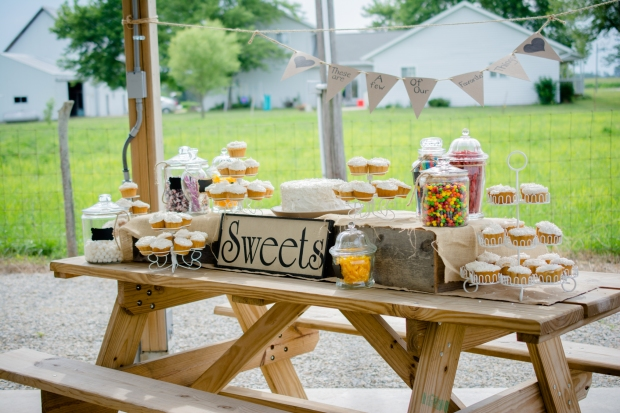 Greenfield, IN Wedding Photographer J.L.CustomPhotos Jessica Green Photography Rustic School House DIY Bride Groom Lace Burlap Vintage-33