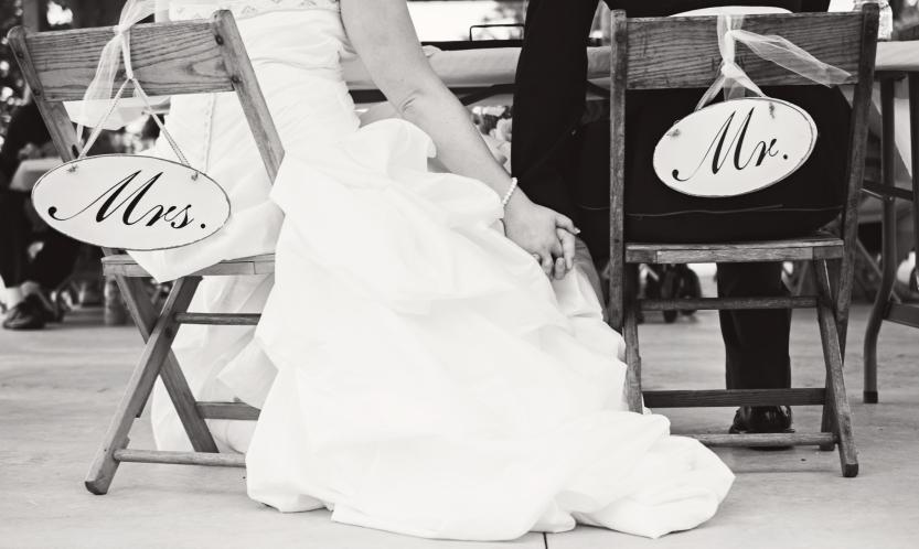 Greenfield, IN Wedding Photographer J.L.CustomPhotos Jessica Green Photography Rustic School House DIY Bride Groom Lace Burlap Vintage-63