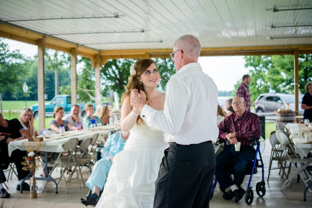 Greenfield, IN Wedding Photographer J.L.CustomPhotos Jessica Green Photography Rustic School House DIY Bride Groom Lace Burlap Vintage-66