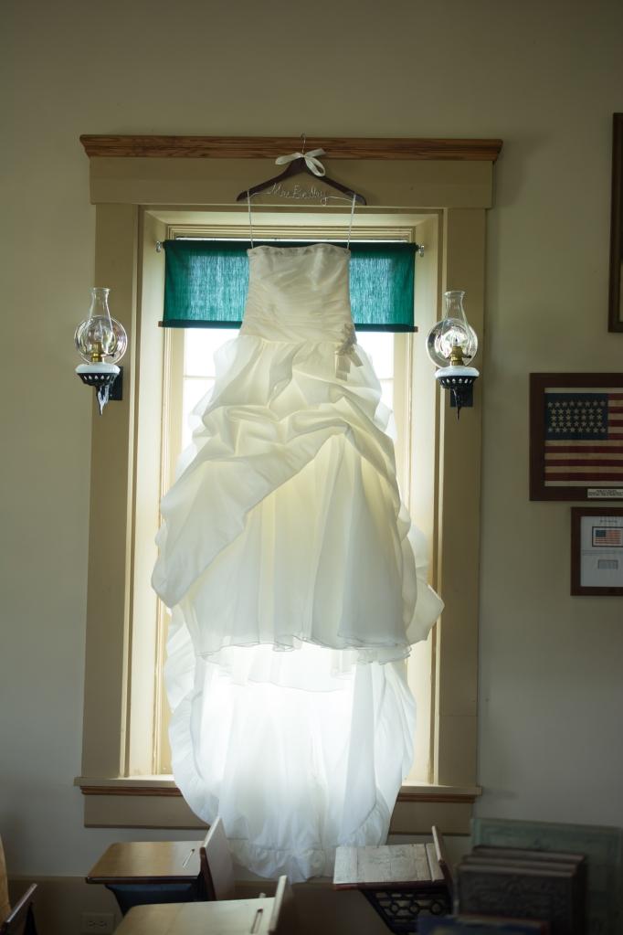 Greenfield, IN Wedding Photographer J.L.CustomPhotos Jessica Green Photography Rustic School House DIY Bride Groom Lace Burlap Vintage-9