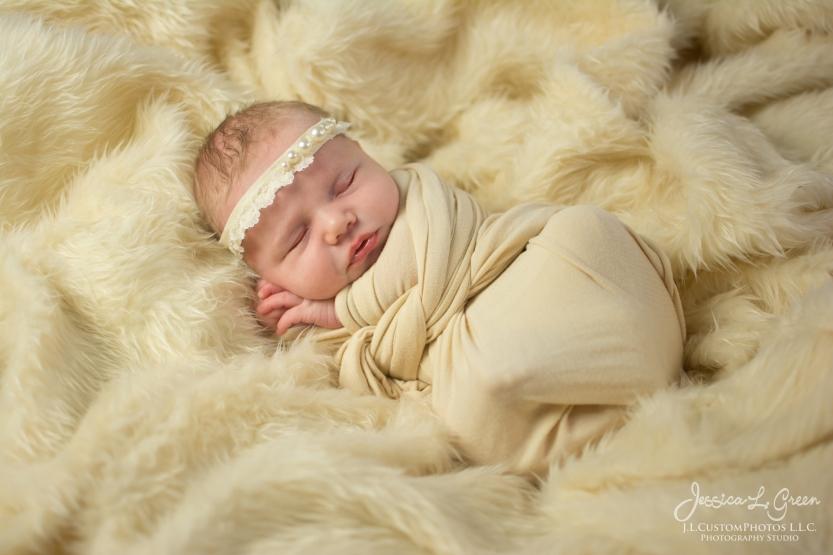 Fishers, Carmel, Noblesville, Greenfield, Newborn, Photography, Photographer, Photos, Jessica Green, Jessica LEgler, J.L.CustomPhotos, Custom, Photos, Maternity, Baby-5333