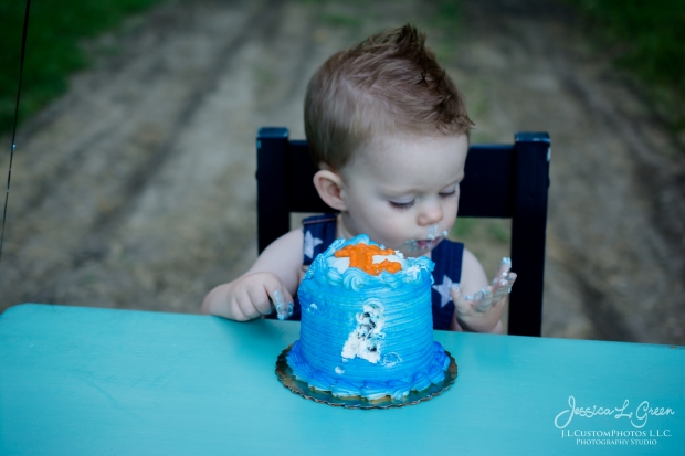 Gavin 1st birthday, cake smash, greenfield, Indiana, child Photogrpahy, Baseball, Summer-18