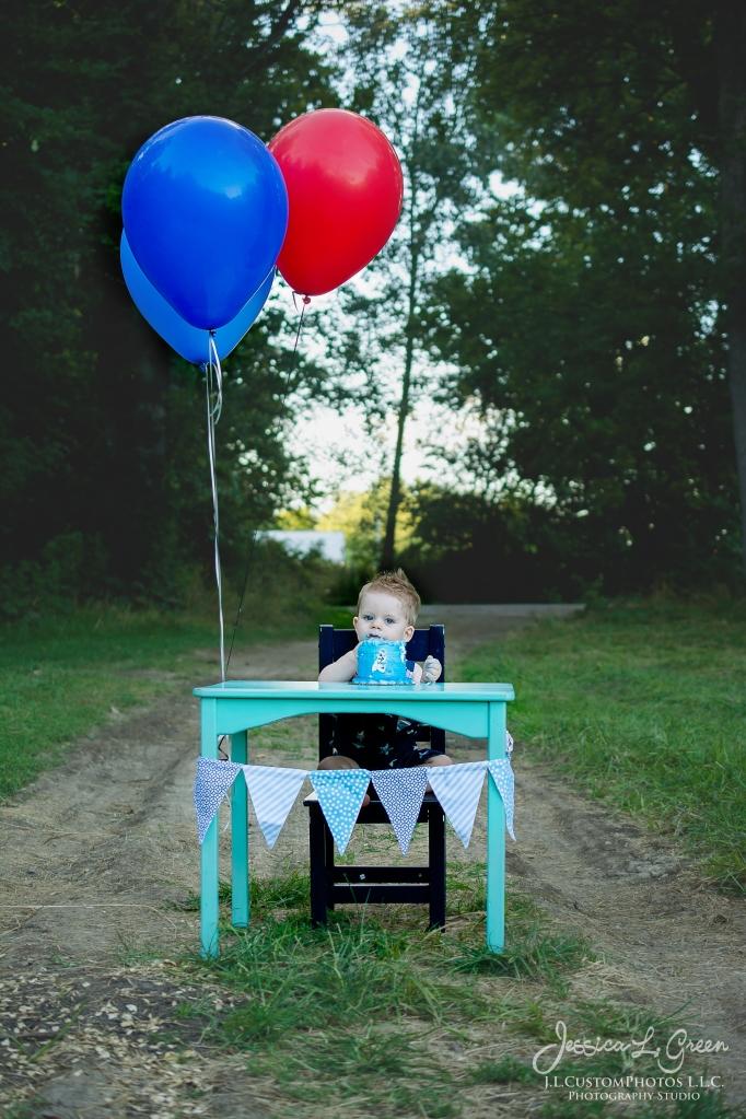 Gavin 1st birthday, cake smash, greenfield, Indiana, child Photogrpahy, Baseball, Summer-20