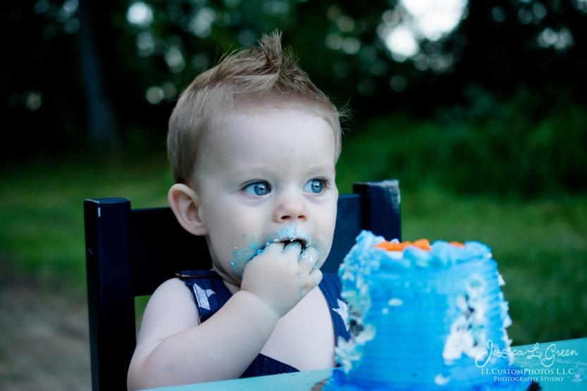 Gavin 1st birthday, cake smash, greenfield, Indiana, child Photogrpahy, Baseball, Summer-21