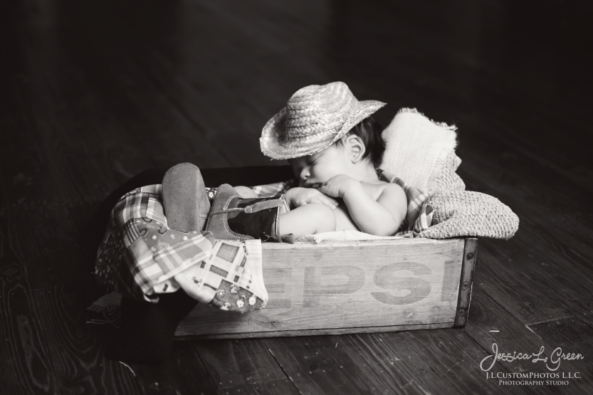 Greenfiled, IN Newborn Maternity Photographer Indianapolis Indiana Jessica Green Legler J.L.CustomPhotos L.L.C.-8