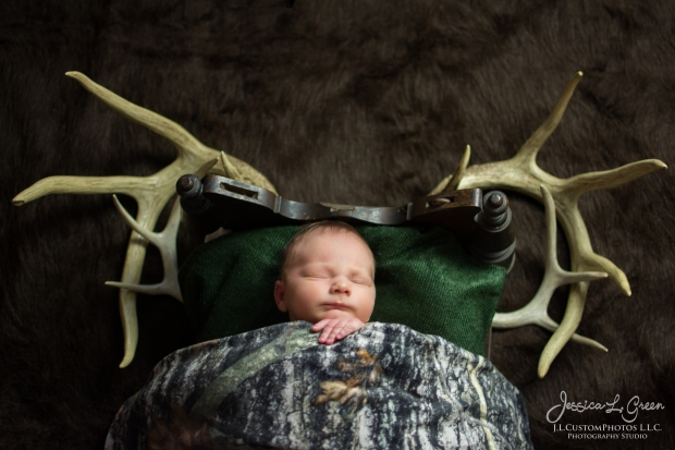 potter, Newborn Photographer, Photography, Newborn, Baby, Infant, Photos, Greenfield, IN, Indianapolis, Indiana, J.L.CustomPhotos, Jessica Green, Jessica Legler-4270