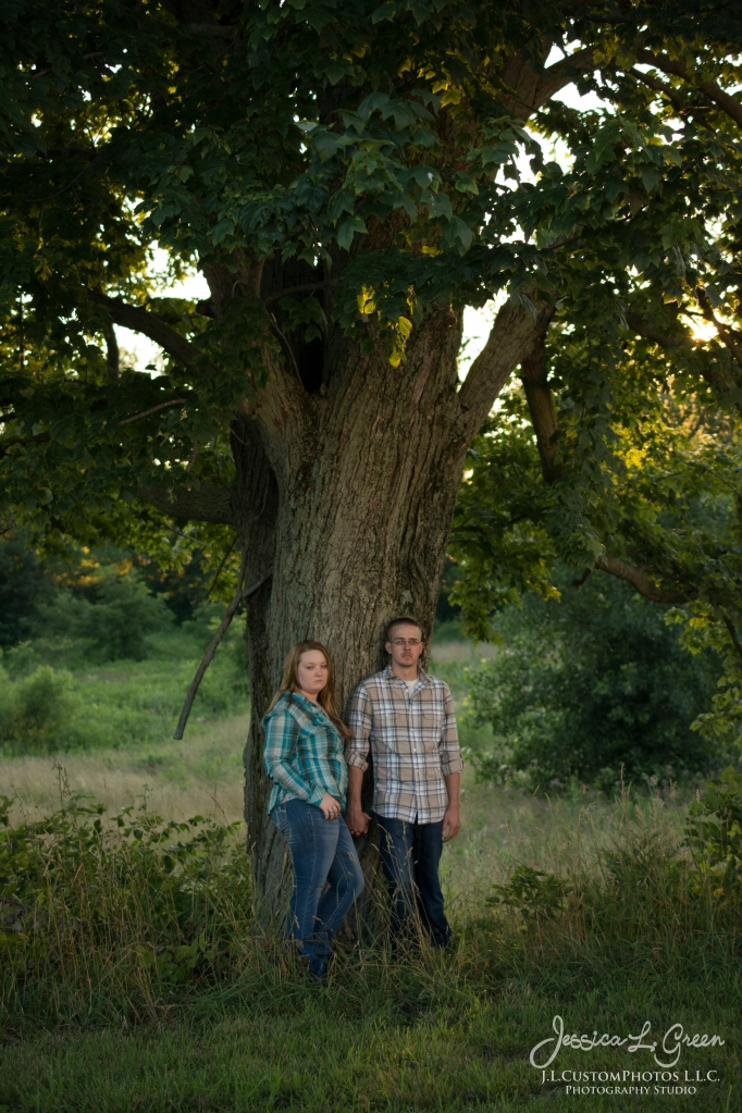 J.L.CustomPhotos Barn Engagement Session Knightstown Indiana wedding photographer-8564