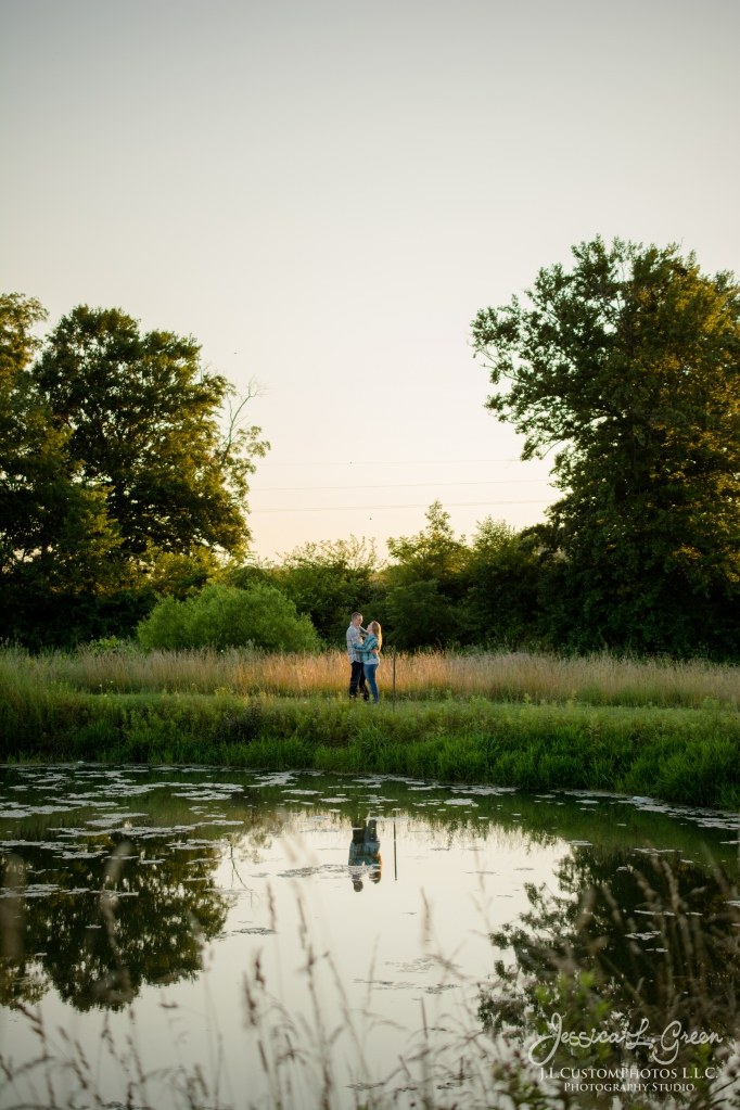 J.L.CustomPhotos Barn Engagement Session Knightstown Indiana wedding photographer-8610