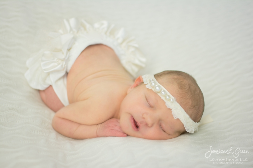 newborn, infant, baby photographer greenfield, IN, best, affordable, J.L.CustomPhotos, jessica Green-1-2