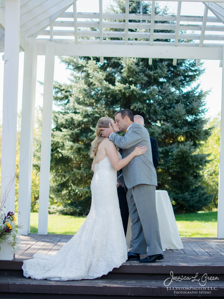 Noblesville IN Carmel Indiana Wedding Photographer Mustard Seed Gardens J.L.CustomPhotos DIY Barn wedding-7039