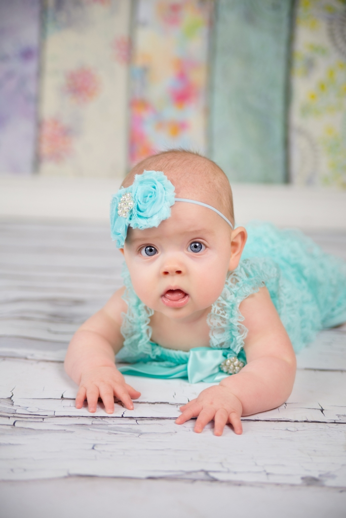 J.L.CustomPhotos Greenfield, IN 46140 baby, studio, photographer, photography, 6 months, boutique, girl, jessica green -1275