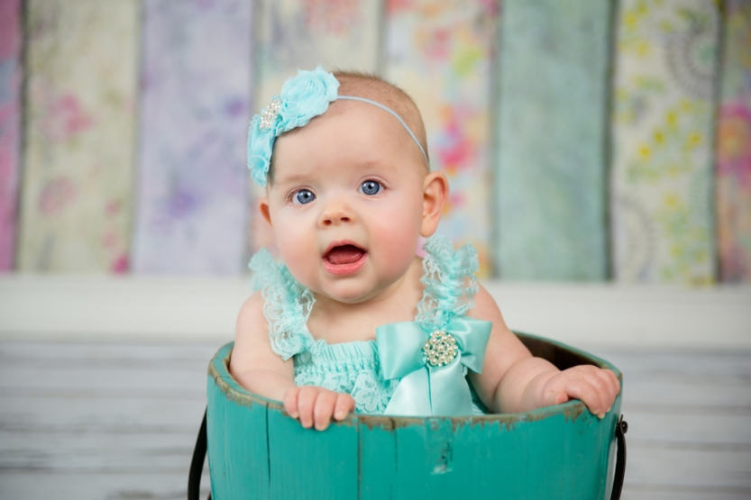 J.L.CustomPhotos Greenfield, IN 46140 baby, studio, photographer, photography, 6 months, boutique, girl, jessica green -1343