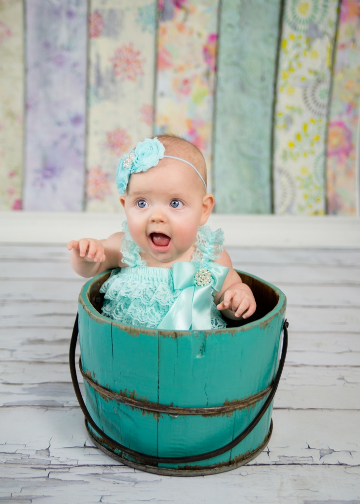 J.L.CustomPhotos Greenfield, IN 46140 baby, studio, photographer, photography, 6 months, boutique, girl, jessica green -1374