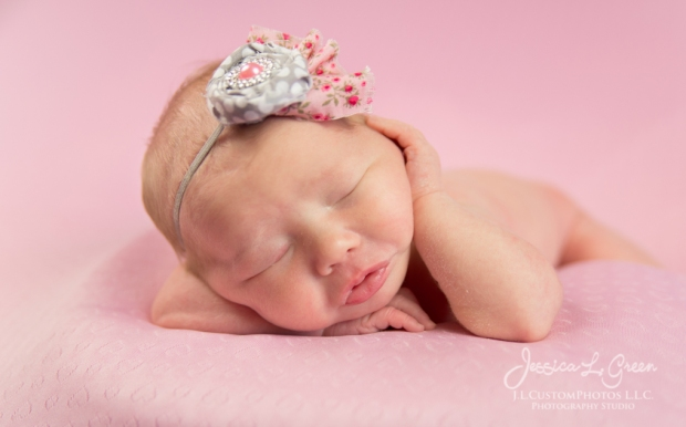 Newborn, Photography, Girl, Custom, Portraits, Greenfield, IN, Indianapolis, Indiana, Photographer, Studio, Portraits, photos, Child, newborn, Infant, Baby, Photography, J.L.CustomPhotos, Jessica Green -5899
