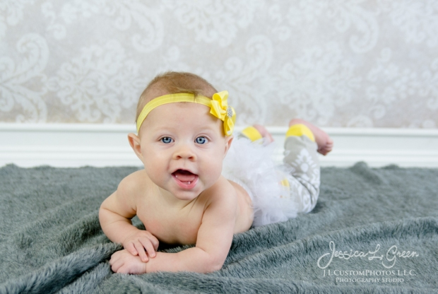 Greenfield, Photographer, J.L.CustomPhotos, Child, Baby girl, Indiana, six month, piano, portraits, Shelbyville, Knightstown-7248
