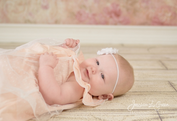 Greenfield, Photographer, J.L.CustomPhotos, Child, Baby girl, Indiana, three month, portraits, Shelbyville, Knightstown-1764