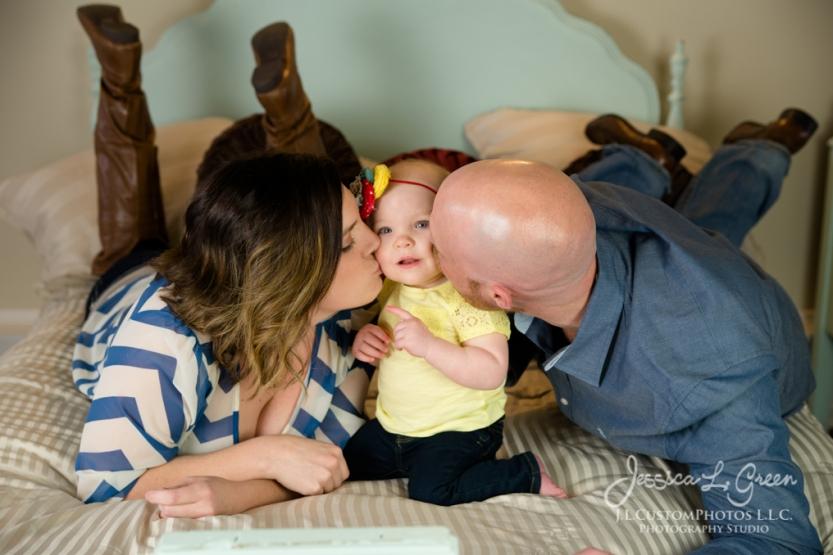 Greenfield, Photographer, J.L.CustomPhotos, Child, Cake Smash, Baby girl, Indiana, one year, portraits-2861