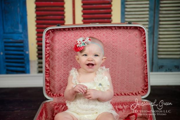 Greenfield, Photographer, J.L.CustomPhotos, Child, Cake Smash, Baby girl, Indiana, one year, portraits-2926