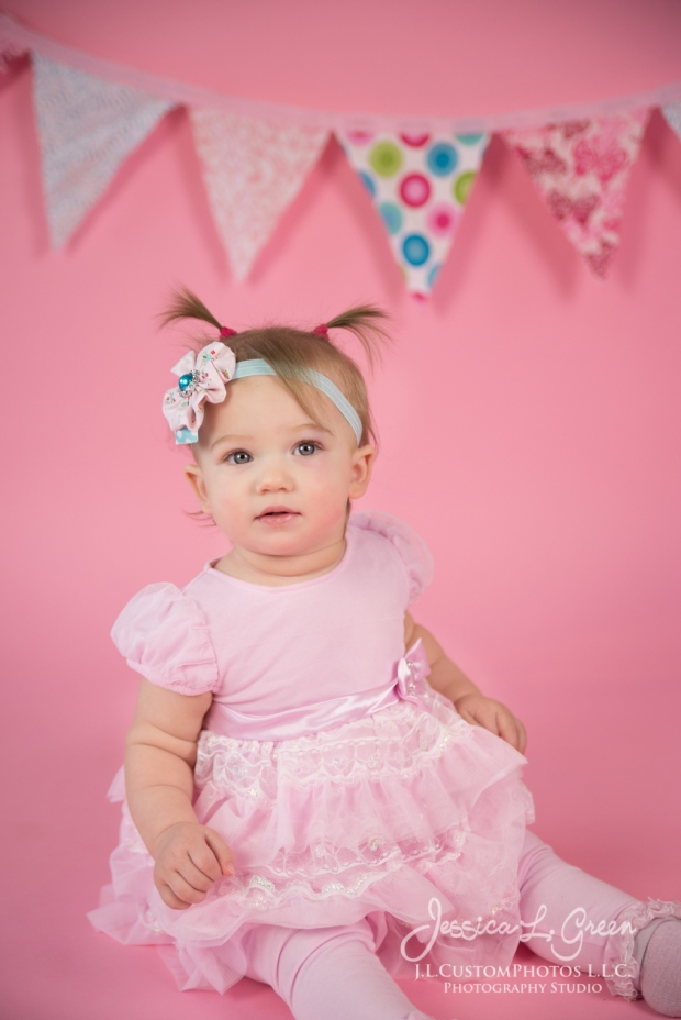 Greenfield, Photographer, J.L.CustomPhotos, Child, Cake Smash, Baby girl, Indiana, one year, portraits, Shelbyville, Knightstown, Pink-2591