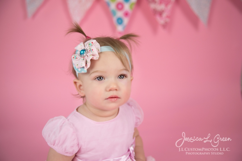 Greenfield, Photographer, J.L.CustomPhotos, Child, Cake Smash, Baby girl, Indiana, one year, portraits, Shelbyville, Knightstown, Pink-2605