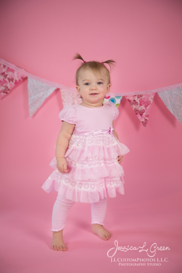 Greenfield, Photographer, J.L.CustomPhotos, Child, Cake Smash, Baby girl, Indiana, one year, portraits, Shelbyville, Knightstown, Pink-2629