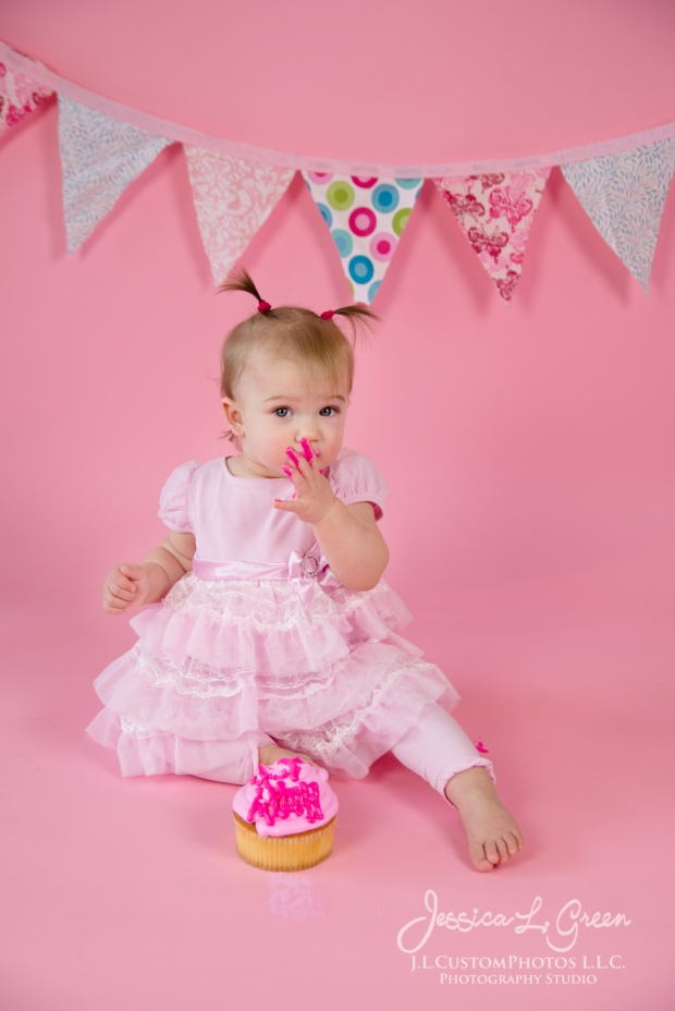 Greenfield, Photographer, J.L.CustomPhotos, Child, Cake Smash, Baby girl, Indiana, one year, portraits, Shelbyville, Knightstown, Pink-2670