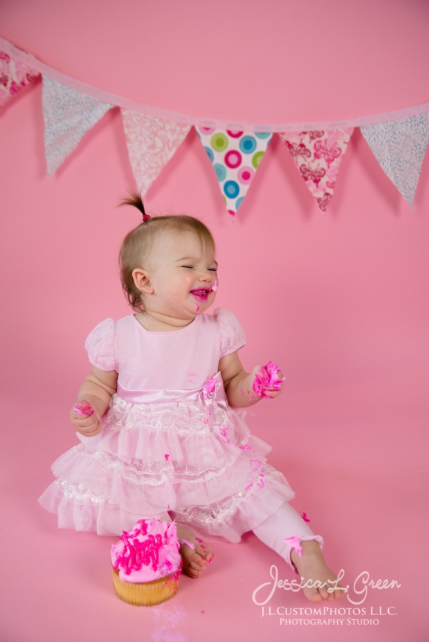 Greenfield, Photographer, J.L.CustomPhotos, Child, Cake Smash, Baby girl, Indiana, one year, portraits, Shelbyville, Knightstown, Pink-2700