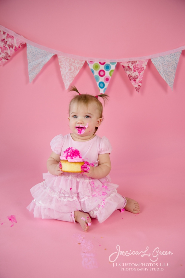 Greenfield, Photographer, J.L.CustomPhotos, Child, Cake Smash, Baby girl, Indiana, one year, portraits, Shelbyville, Knightstown, Pink-2713